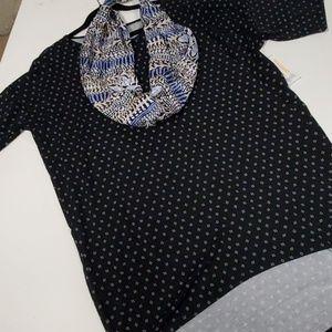 M Irma LuLaRoe NWT Shirt